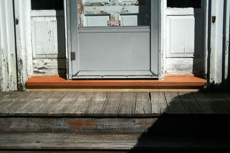 Front door, showing a new door sill made of oak.